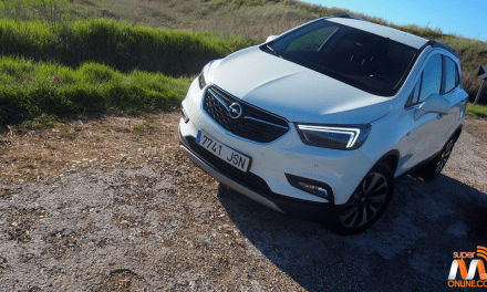 Al volante del Opel Mokka X 2017