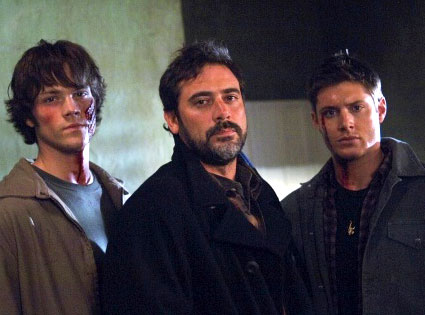 File:John-winchester-and-sons.jpg