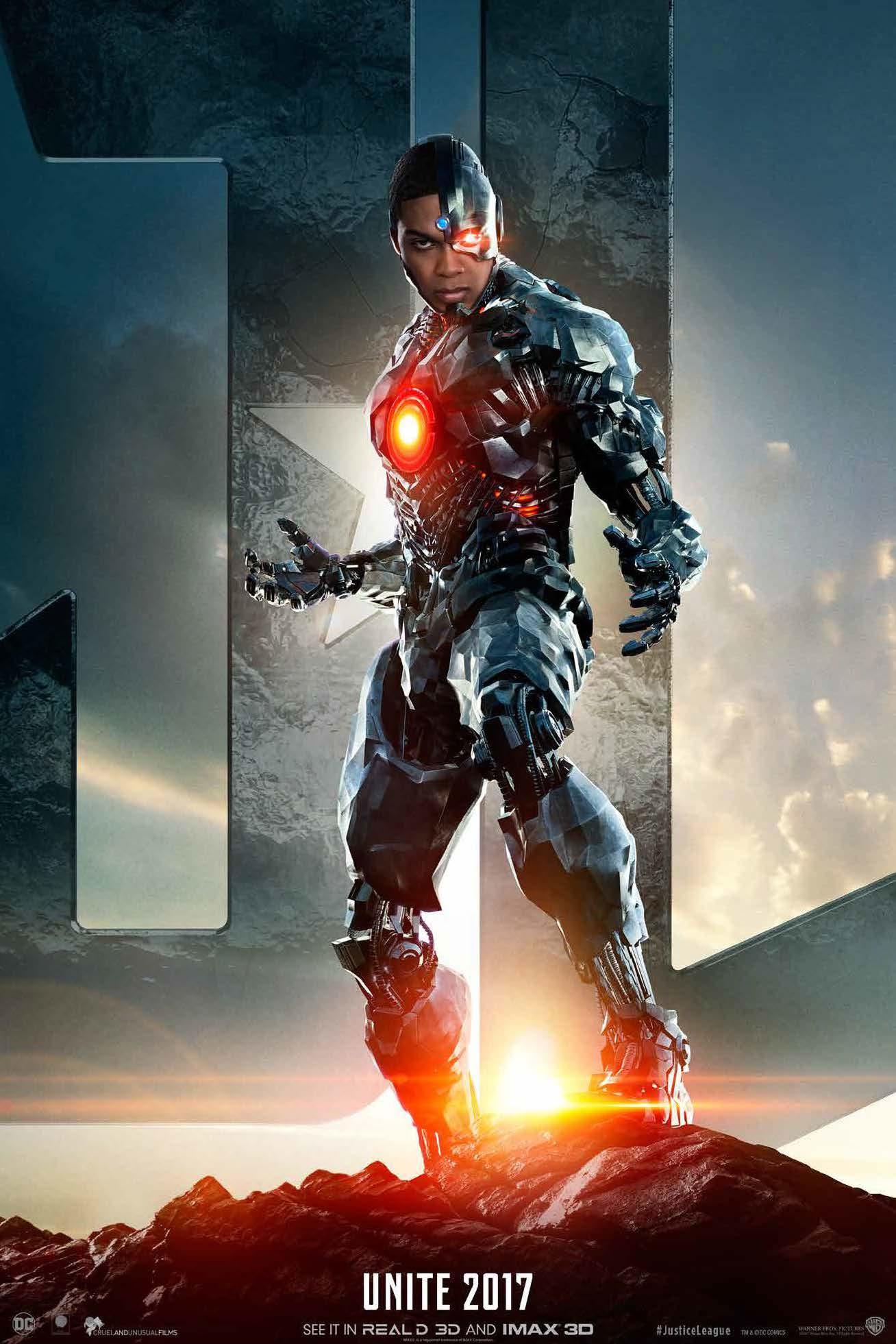 Poster Cyborg offert avec le Coffret découverte Justice League chez Urban Comics