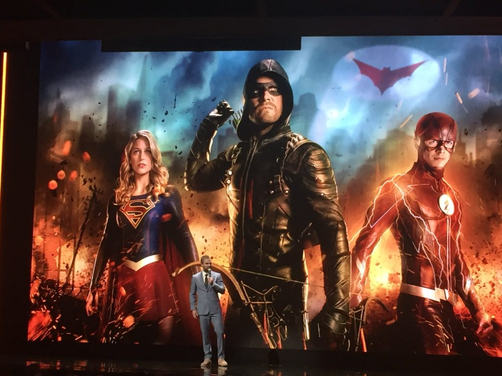 Batwoman vs Supergirl, Arrow et Flash