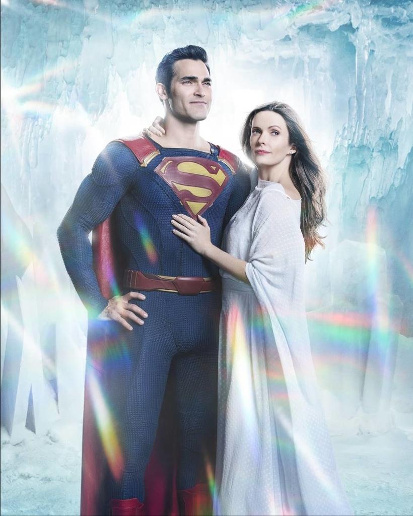 Superman (Tyler Hoechlin) et Lois Lane (Elizabeth Tulloch) dans le crossover Elseworlds