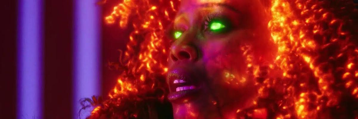 Starfire (Anna Diop) dans Titans