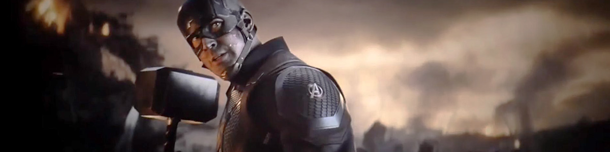 Captain America (Chris Evans) avec Mjolnir dans Avengers: Endgame