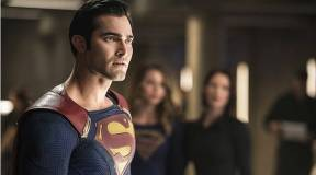Superman Sports A New Look for Arrow Crossover