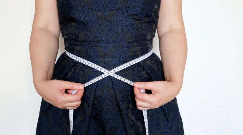 Mujer y vientre gordo, causas y soluciones según nuestros dietistas