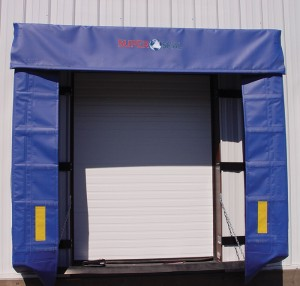 0501 Retractable Dock Shelter