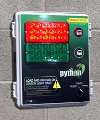 DSC09525-2_python_panel_sm