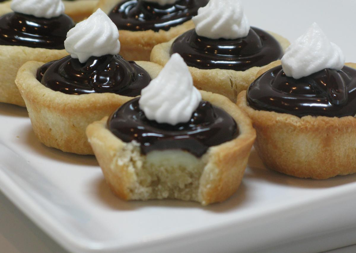 Boston Creme Mini Tarts