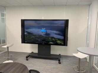 écran interactif Microsoft Surface Hub