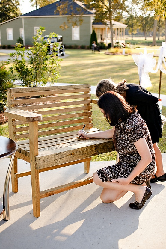 Unique Wedding Idea - Bench as Guestbook Alterantive for Rustic Wedding