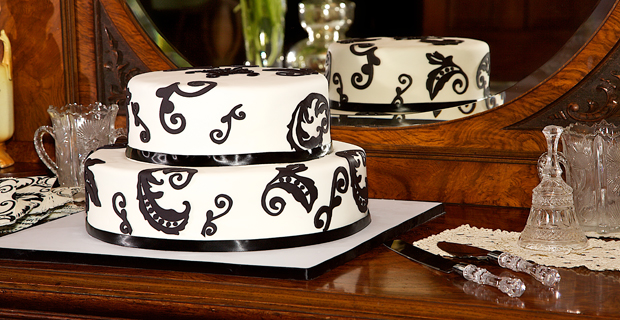 Wedding Cake, Black and White, Two Layer