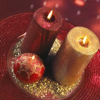 Glittering Christmas Wedding Centerpieces - 4 Glittering Ideas You'll Love!