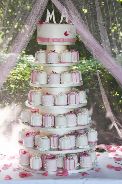 Cupcake Wedding cake with cupcakes that look like wedding presents