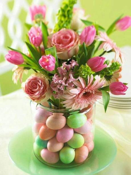 Easy Easter Wedding Centerpiece - DIY Idea