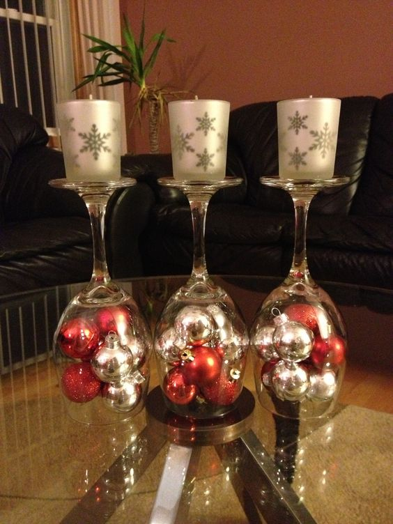 Upside down wine glass centerpiece for a holiday season wedding