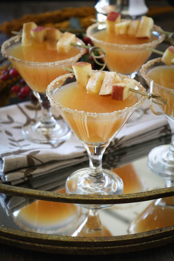 Fall wedding signature drinks