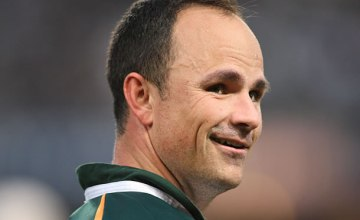 Jaco Peyper will be in charge of the Crusaders v Waratahs