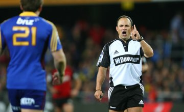 Jaco Peyper is the most experienced Super rugby referee on the team