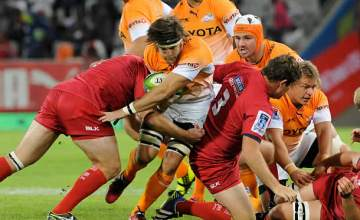 Boom Prinsloo defends the ball for the Cheetahs