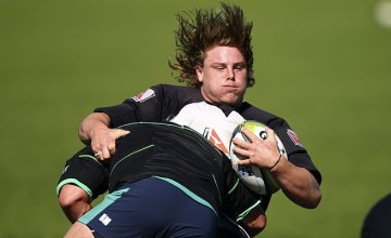 Hugh Roach of the Waratahs trains during a Waratahs Super Rugby training session