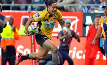 Joe Tomane races for the line against the Stormers in 2015
