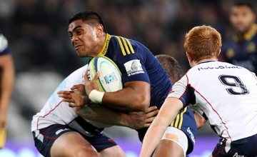 Malakai Fekitoa tries to break through the Rebels defence in 2014