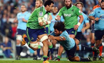 Nasi Manu in action for the Highlanders in 2015