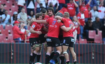Kwagga Smith celebrating his try with team mates during the Super Rugby, Semi Final match