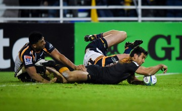 Matias Orlando's double helps send Jaguares into their first Super Rugby final after defeating the Brumbies 34-7 at Estadio Jose Amalfitani, Buenos Aires