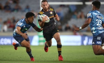 Aaron Cruden starts for the Chiefs