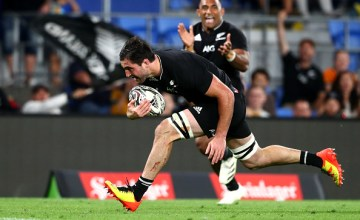 Luke Jacobson scored twice in New Zealand's 39-0 win over Argentina on the Gold Coast, Queensland, Australia