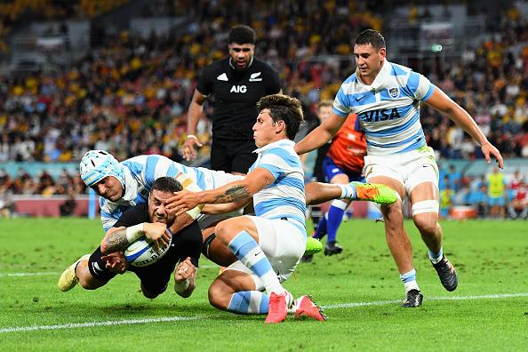 TJ Perenara scores for New Zealand versus Argentina at Suncorp Stadium, Brisbane