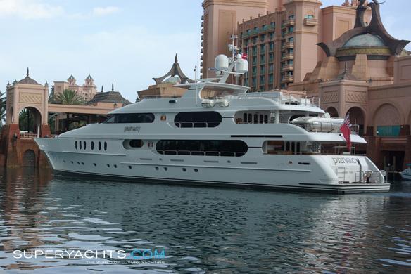 Privacy Christensen Motor Yacht