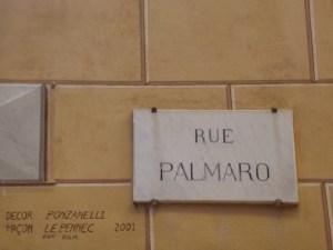 La targa in Via Palmaro a Mentone