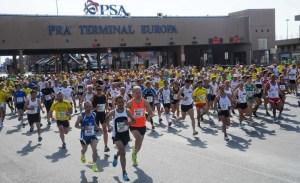 I Corridori davanti al PTE - Ora' Terminal Europa