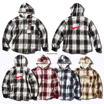 Supreme®/Nike® Hooded Sweatshirt