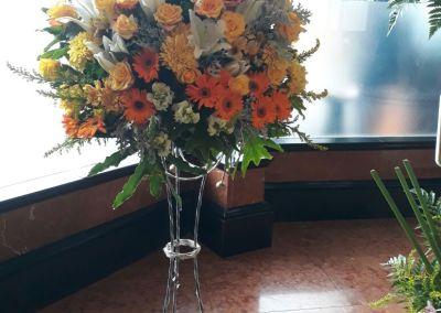 standing flower di surabaya