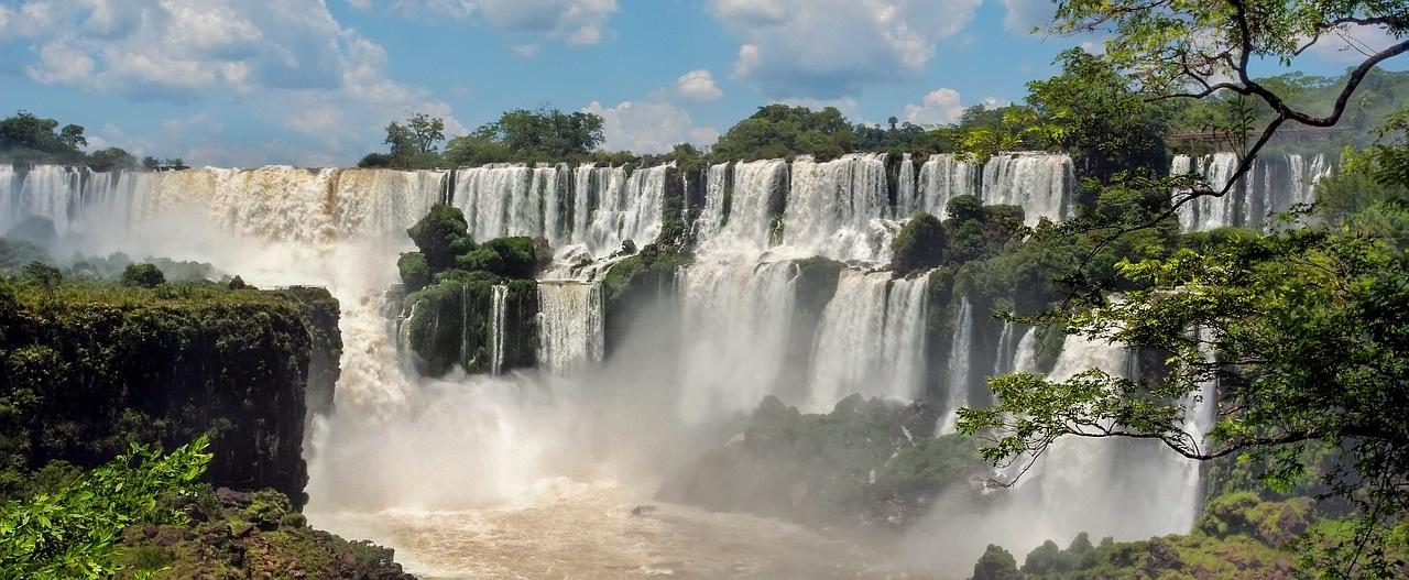 iguazu-falls-1461857_1280