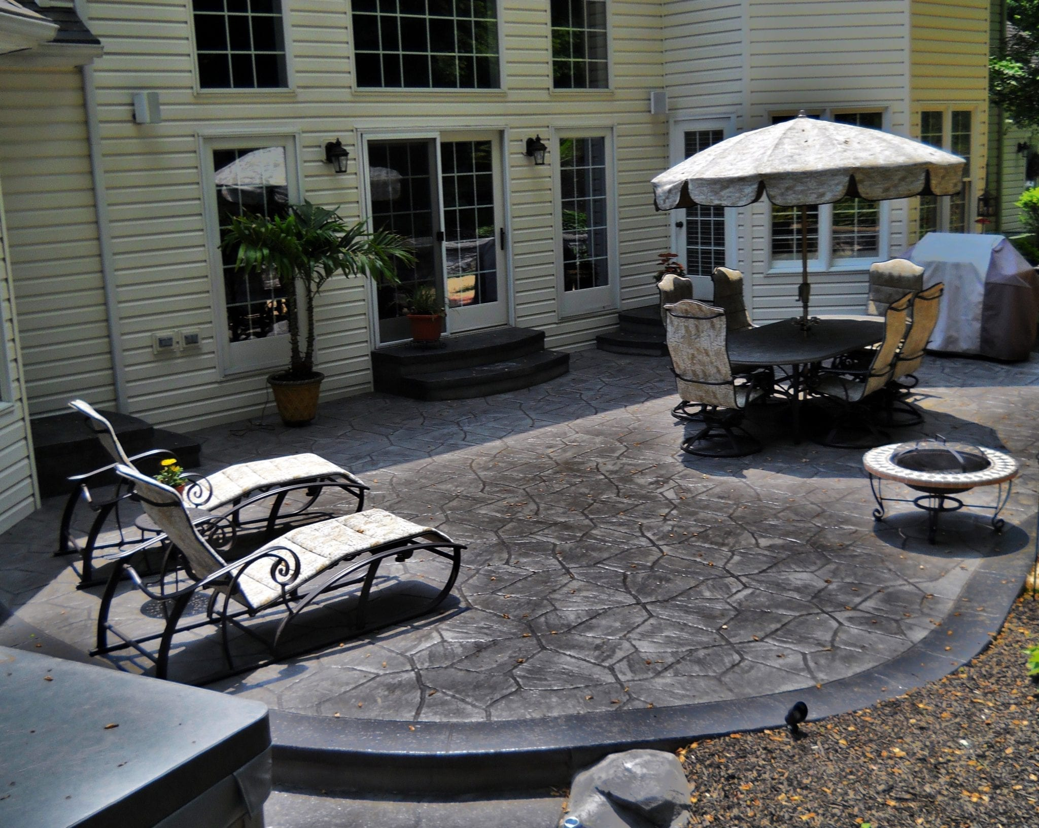 outdoor stamped concrete patio