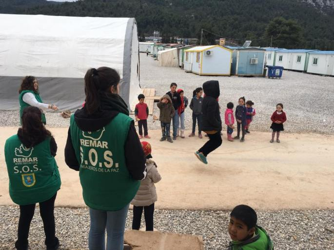 remar-sos-ayuda-refugiados-camp-malakasa