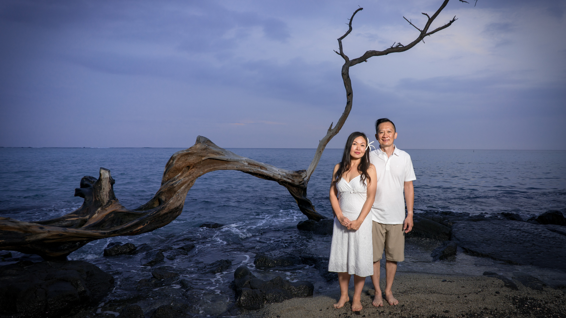 Couple portraits at Anaehoomalu Bay