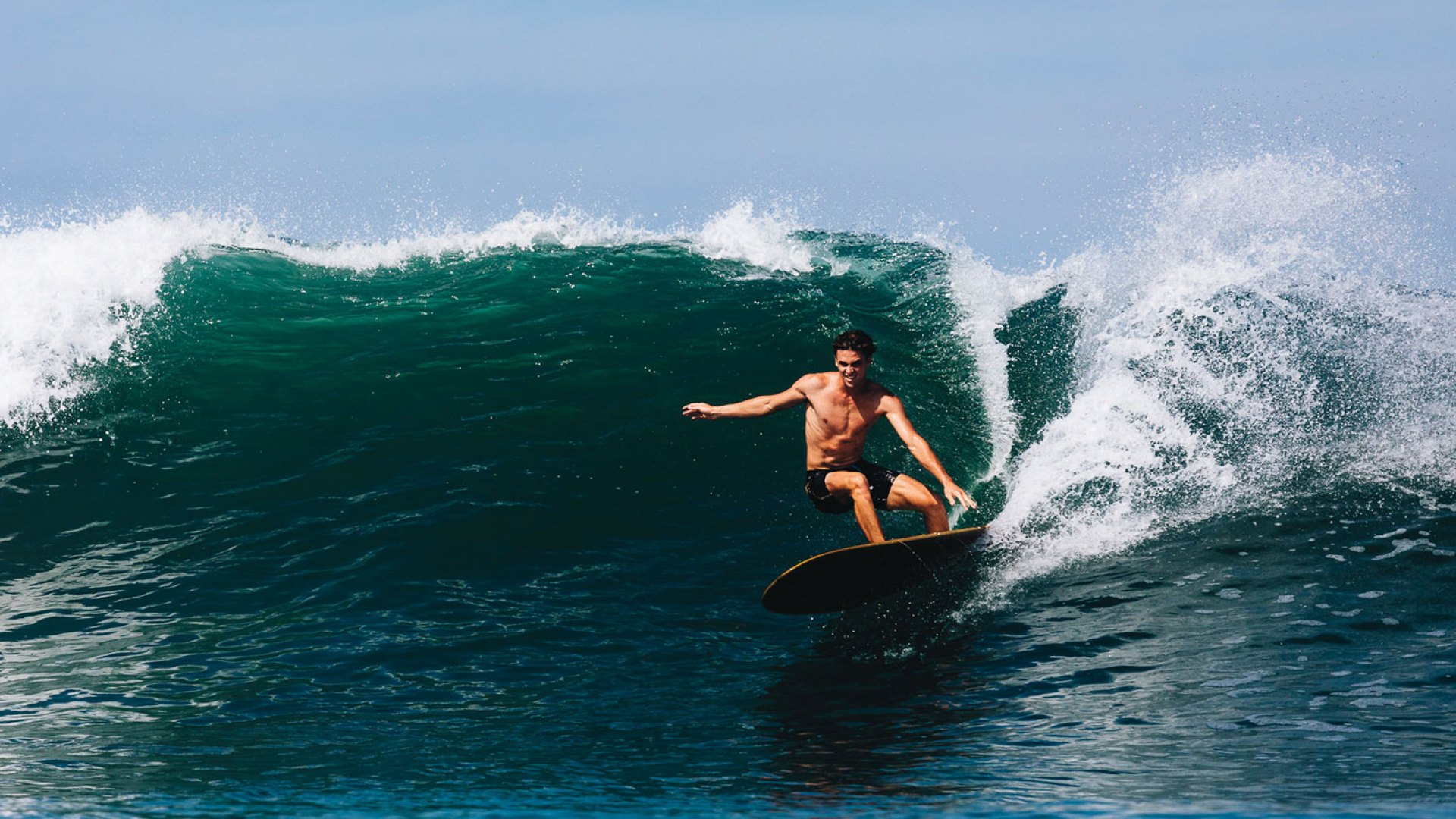 New Traditionalists Bring Bold Style to Mexi Log Fest | SURFER Magazine