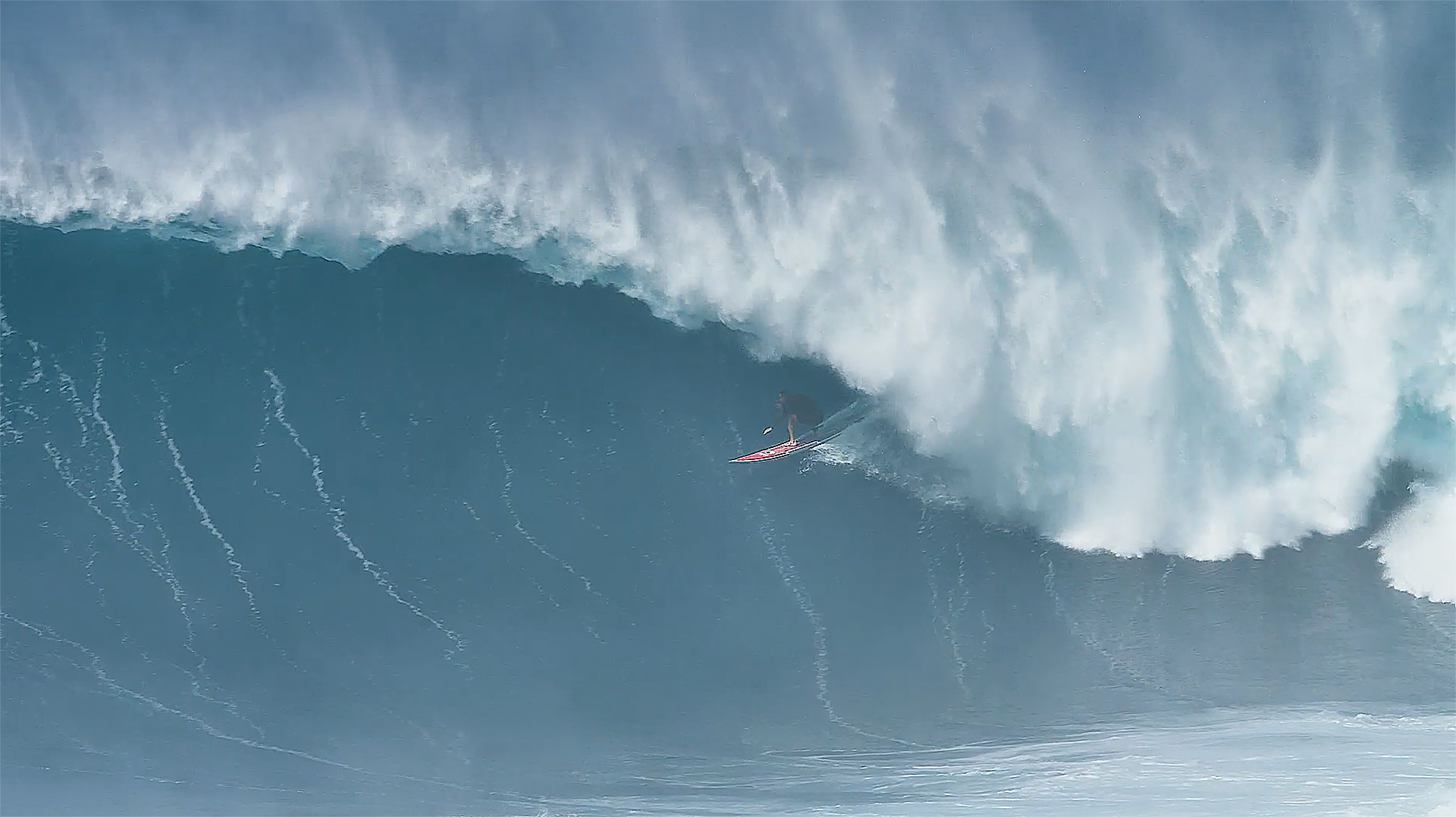 The Best Jaws Barrel of All Time Is (Easily) The Best Clip Of The Month