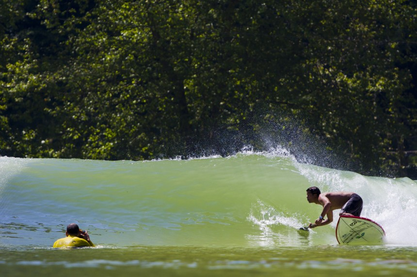 Standup Paddling Wavegarden | Surf Park Central