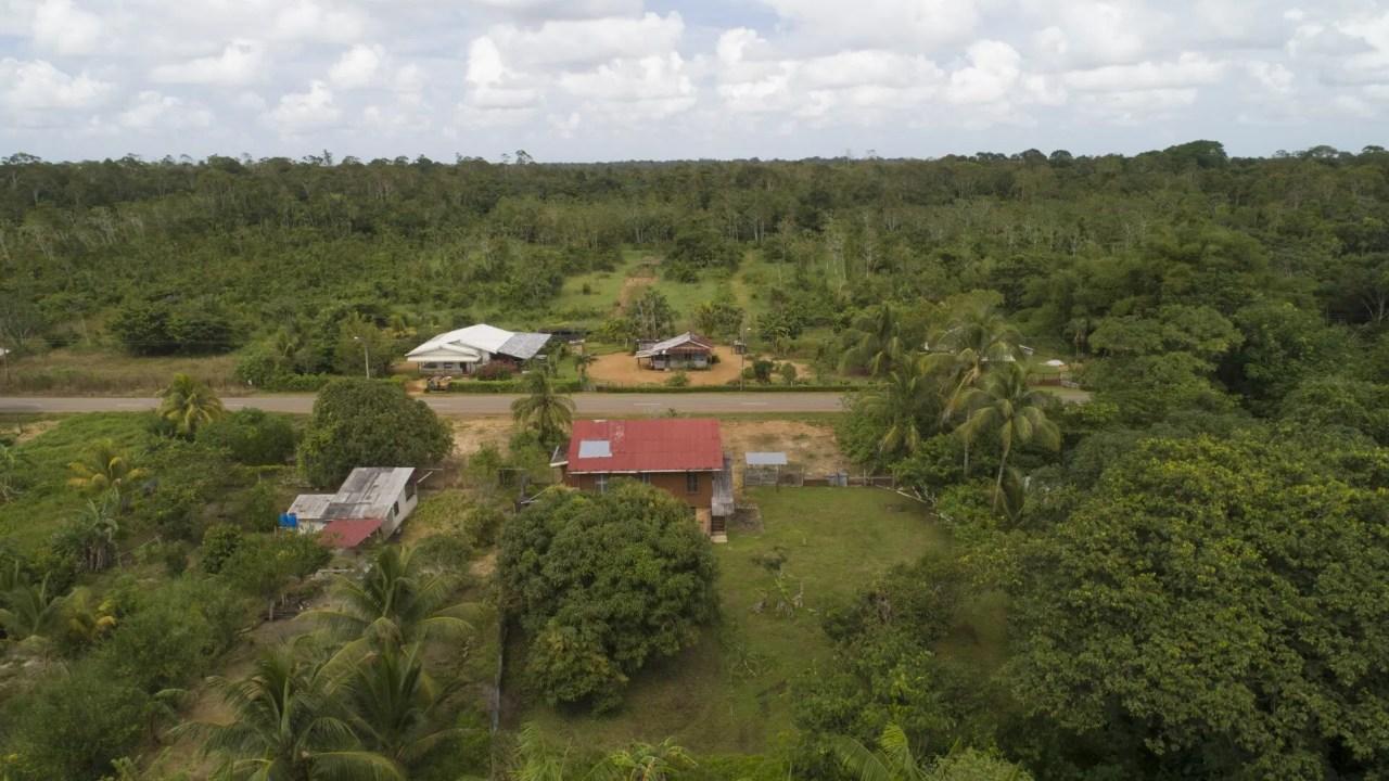 Oost-Westverbinding 264, Sinabo - Landbouwterrein gelegen aan de hoofdweg! - Surgoed Makelaardij NV - Paramaribo, Suriname