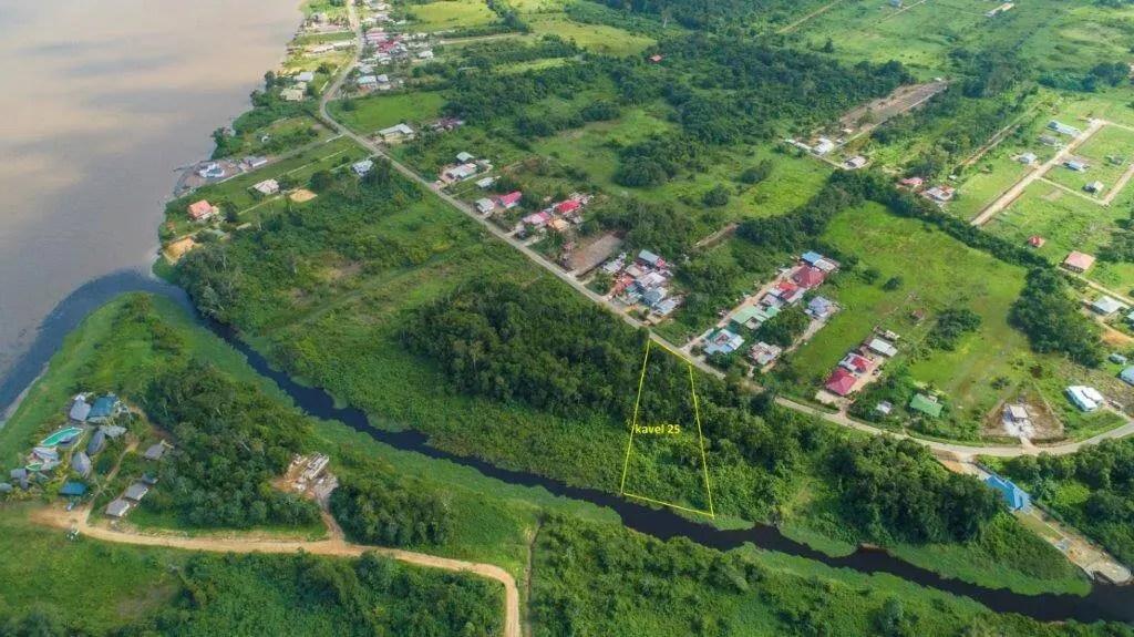 Sir Winston Churchillweg 25 - Prachtige kavel Parakreek - Surgoed Makelaardij NV - Paramaribo, Suriname