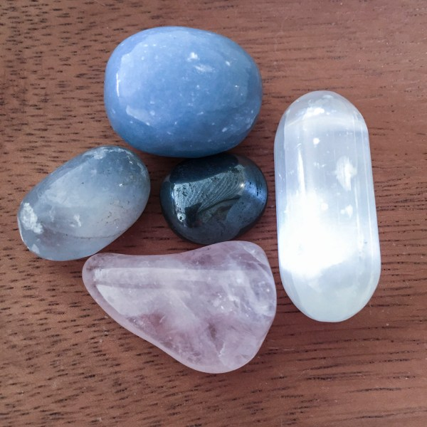 Connecting with Angels Crystal Kit