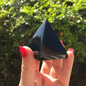 Black obsidian pyramid for sale - Surplice of Spirit