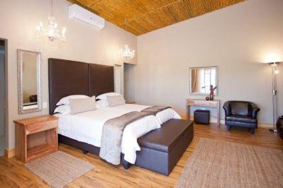 lugano-bedroom-1
