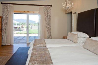 lugano-bedroom-2
